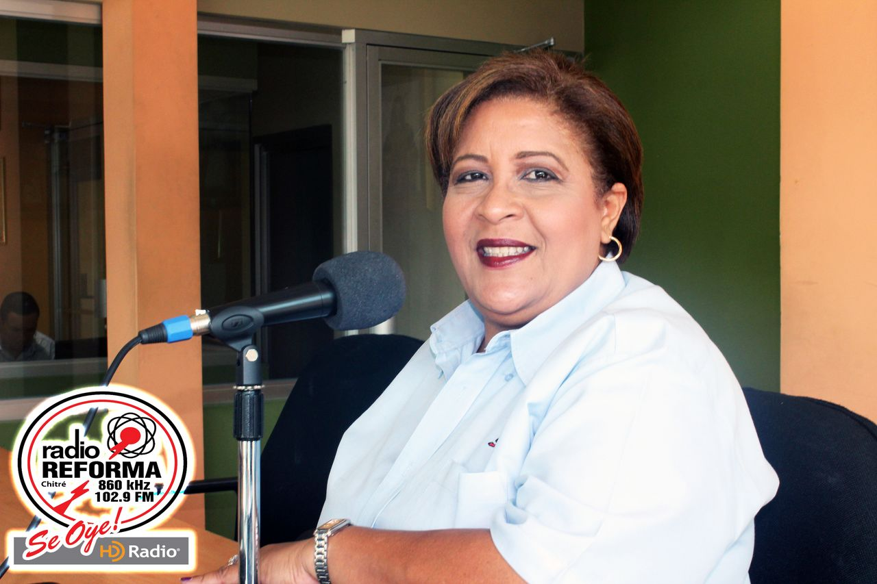 CARMEN HEREDIA GARCÍA – RADIO REVISTA MUSICAL : PROGRAMAS ESPECIALES
