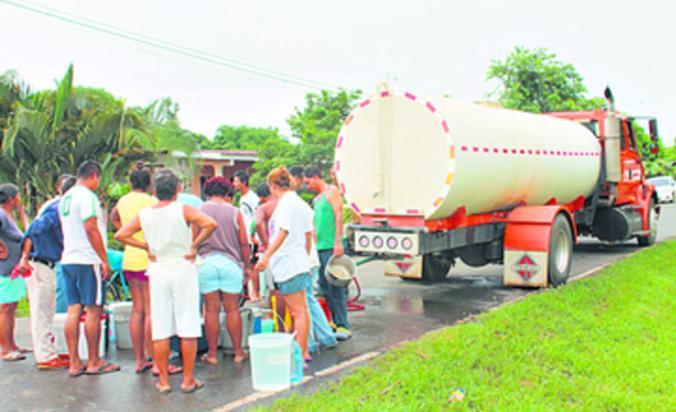 chitreanos-solicitan-reiniciar-distribucion-agua-