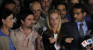 Tintori-Antonieta-Lopez-Leopoldo-Dignidad_LPRIMA20150910_0193_24