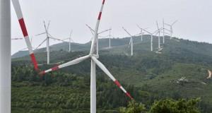Planta-energia-eolica-Cerdena-Italia_LPRIMA20150727_0086_33