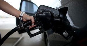 Combustible-aumento-precios-viernes-FotoAFP_MEDIMA20160511_0099_31