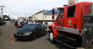 bcbrp_hecho_de_transito_y_atropello_en_avenida_perez_cerca_a_los_correos_chitre-_1_persona_herida-_atiende_bomberosherrera