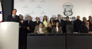 Ministros-presidente-Varela-sociales-FotoPresidencia_MEDIMA20170212_0119_5